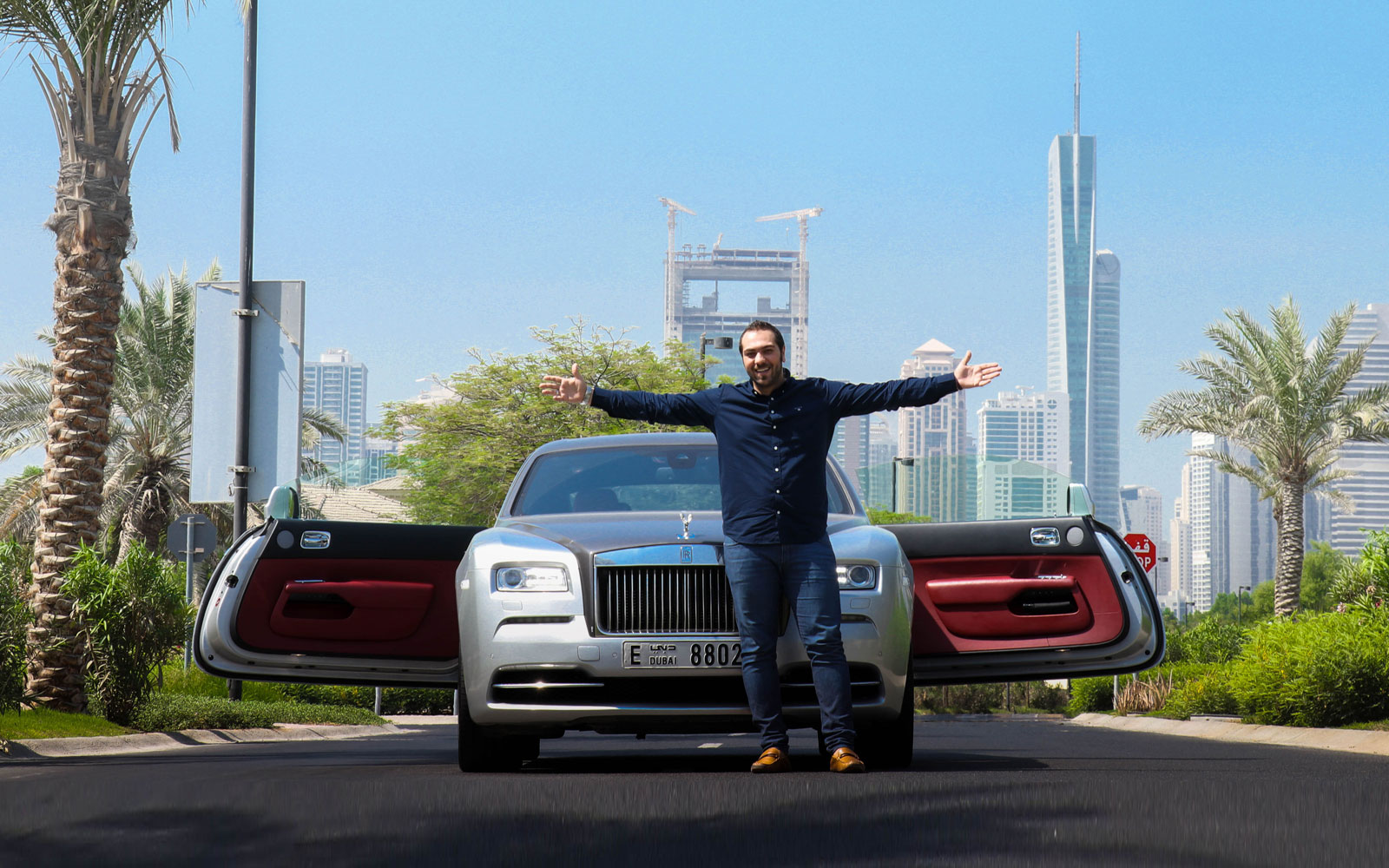 Hasil gambar untuk What Are The Right Occasions To Book Luxury Cars In Dubai?